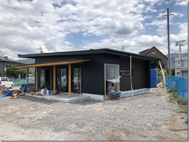 ガルバリウム鋼板 外壁 店舗 英設計 オープンシステム
