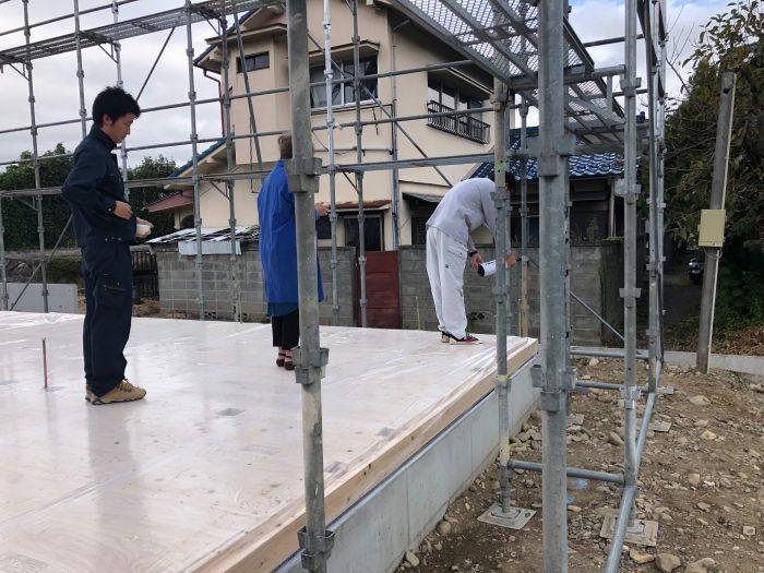 上棟工事を始める前に、お清めを行い、工事の安全を祈願する英設計