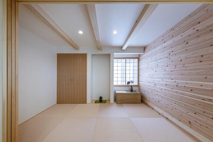 松本市薪ストーブと太陽熱温水器のある高気密高断熱の住まい