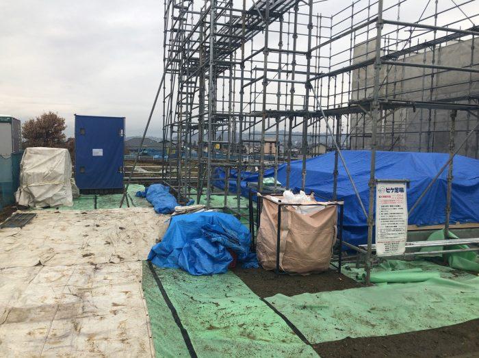 棟上げ用の作業足場の写真