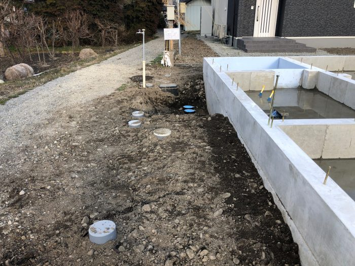 屋外の給排水完了の様子写真